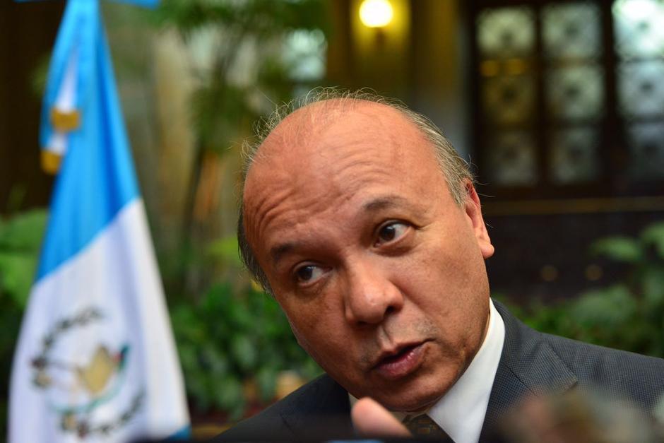 El ministro José Luis Chea Urruela reiteró su compromiso de continuar con las investigaciones por el contrato de los trompos. (Foto: Archivo/Soy502)
