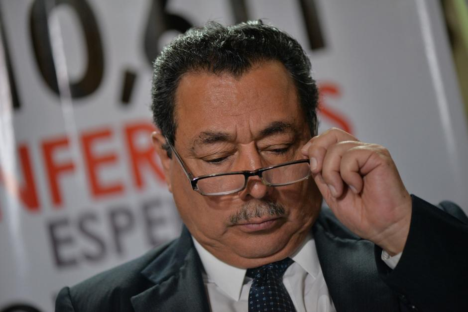 """El 28 de junio, Cabrera se comprometió """"como caballero"""" a renunciar en un mes si no mejora el sistema de salud. (Foto: Archivo/Soy502)"""