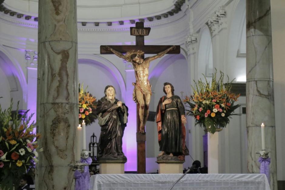Así se observa a lo interno de Catedral en la zona 1. (Foto: Alejandro Balan/Soy502)