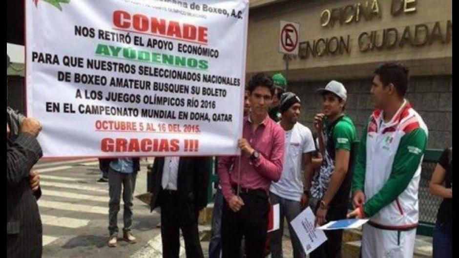 Misael y otros miembros de la federación de boxeo no tuvieron apoyo de su federación. (Foto: capital.com.pe)