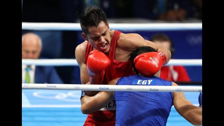 Rodríguez (de rojo), venció al egipcio Hosam Hussein Bakr Abdin. (Foto: capital.com.pe)