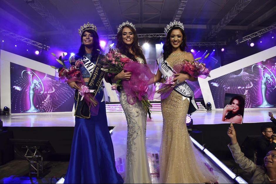 Las ganadoras posaron para los medios. (Foto: Abner Salguero/Nuestro Diario)