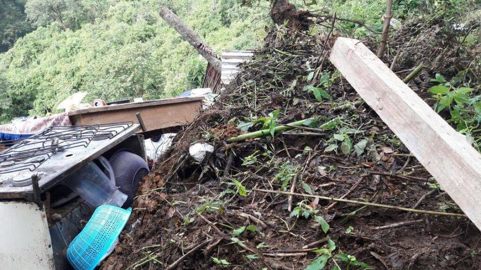 Las fuertes lluvias provocaron el deslizamiento de tierra.  (Foto: Municipalidad de Mixco)