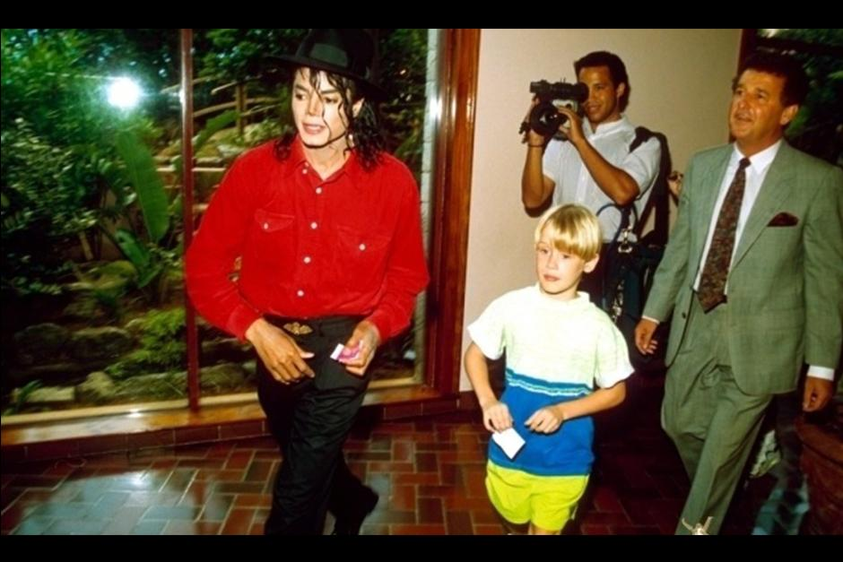 Michael Jackson y Macaulay Culkin iniciaron su amistad cuando el actor era muy joven. (Foto: Archivo)