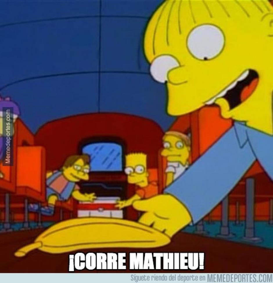 """La velocidad de Mathieu también fue uno de los temas de los """"memes"""" tras el juego ante el Leverkusen"""