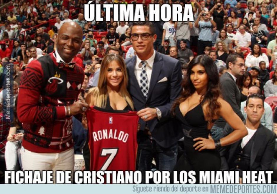 """Cristiano Ronaldo tomó un balón con las manos y ahora los """"memes"""" lo promueven a la NBA. (Imagen: memedeportes.com)"""
