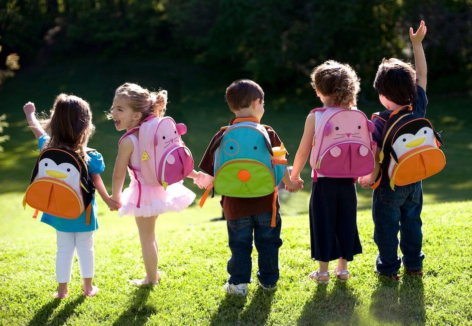 Pídele que te acompañe a comprar los útiles escolares para que se emocione. (Foto: bonitas revistas)
