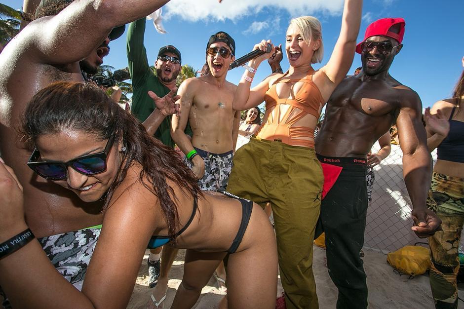Conciertos, baile y mucha diversión en el Model Beach Volleyball 201. (Foto: Diez)