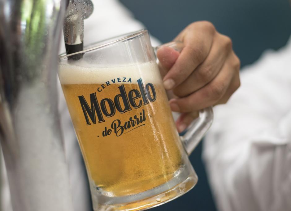El gas CO2 brinda la espumosidad a la cerveza para su mayor disfrute. (Foto: Eddie Lara/Soy502)