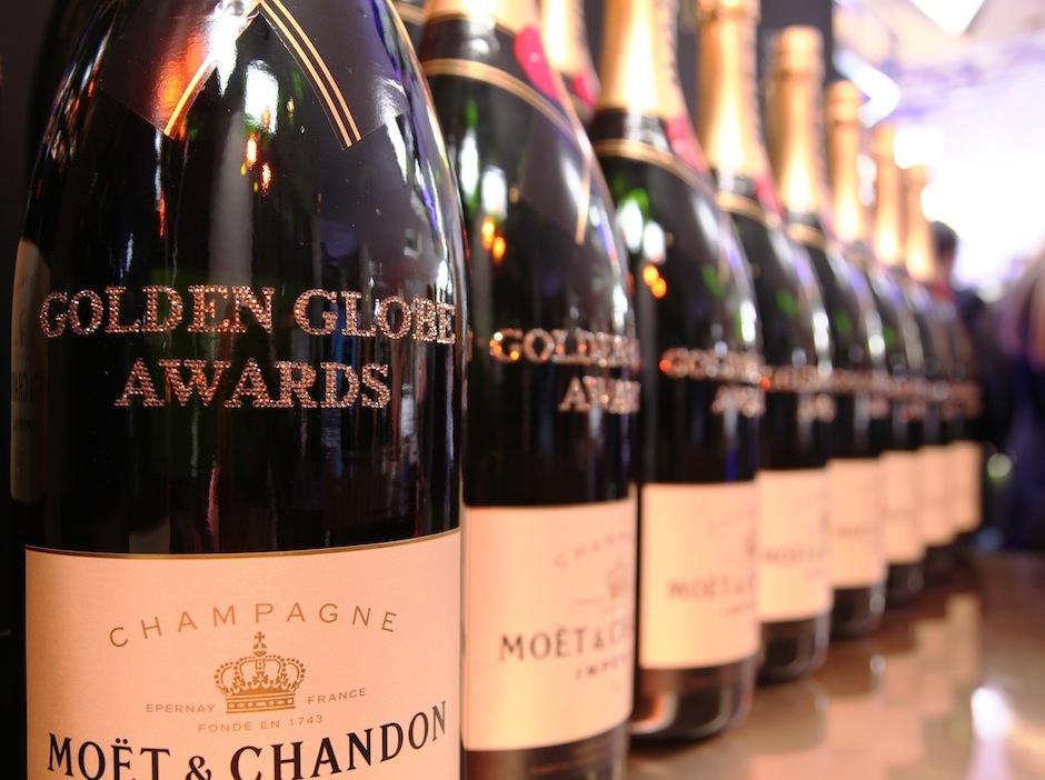 Unas 9 mil copas de champagne son servidas durante los Golden Globe Awards. (Foto: moet.com)