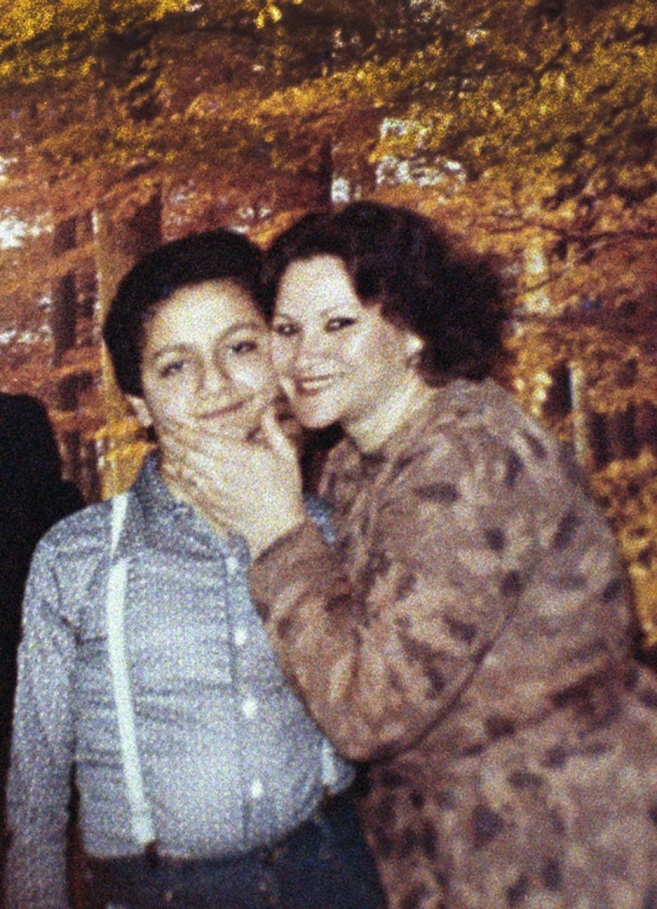 La madre del terrorista afirma que su hijo está preso en Guantánamo. (Imagen: Infobae)