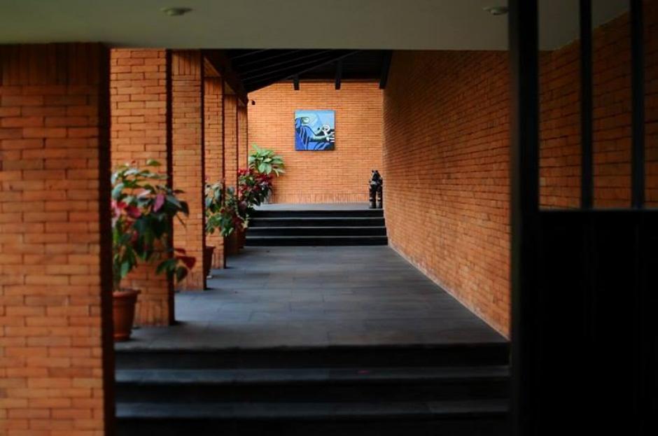 Uno de los pasillos de la casa del expresidente Otto Pérez Molina. (Foto: Alejandro Balan/Soy502)