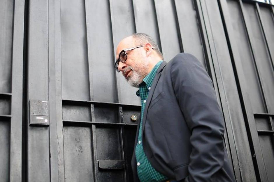 Moisés Galindo tocó la puerta y nadie le abrió. (Foto: Alejandro Balan/Soy502)