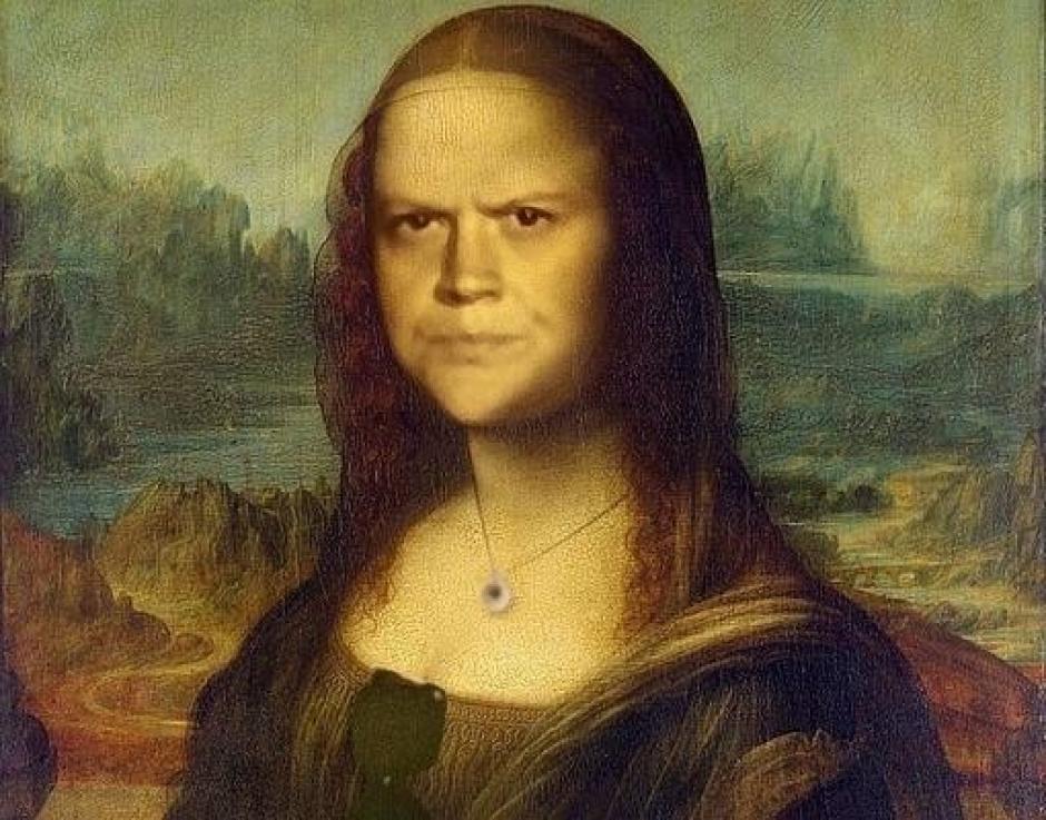 Un rediseño en la cara de Mona Lisa con al expresión seria de la mujer. (Foto: Reddit)