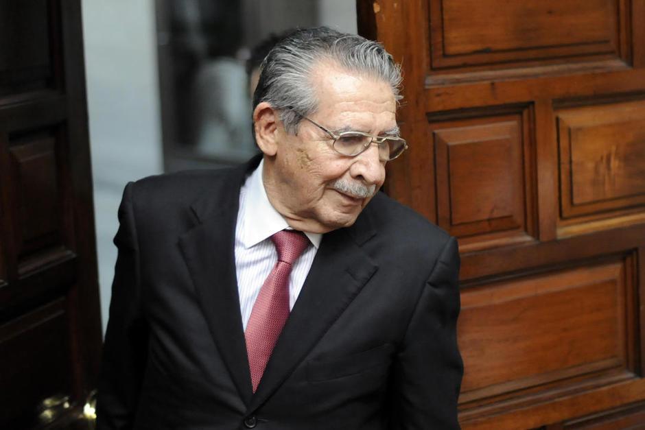 De nuevo está programado el inicio del juicio por genocidio contra Efraín Ríos Montt. (Foto: Archivo/Soy502)
