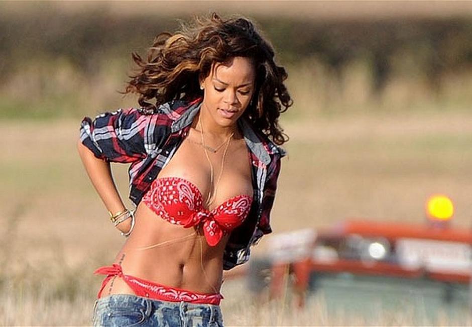 Uno de los fuertes de Rihanna es su atractivo físico