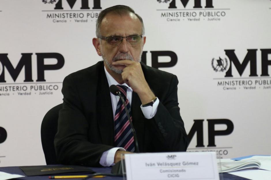 El Comisionado explicó la forma de operar de la red. (Foto: Alejandro Balán/Soy502)