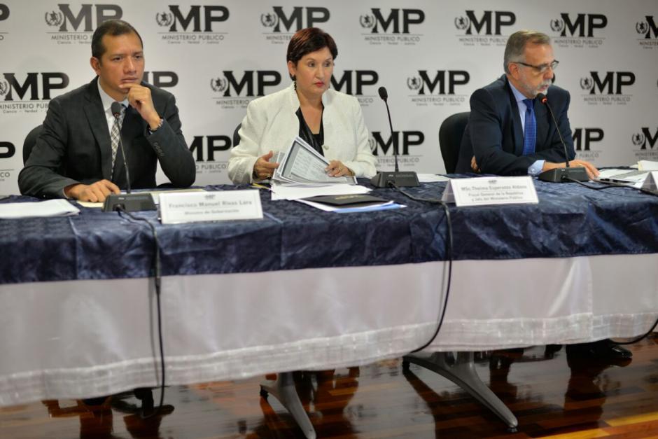 El Ministro de Gobernación también participa de la conferencia. (Foto: Wilder López/Soy502)
