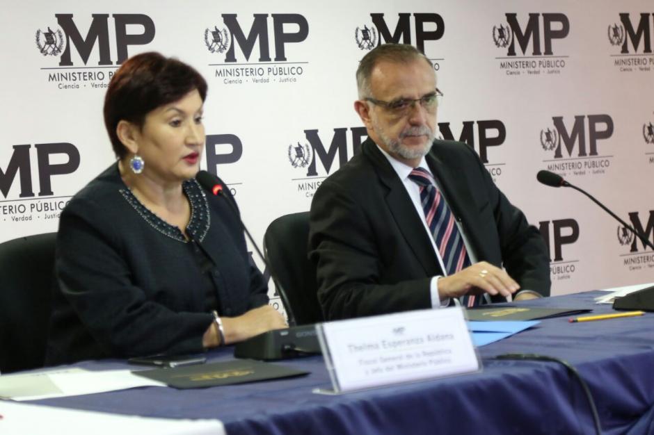 En conferencia de prensa explicaron la corrupción en el Registro de la Propiedad. (Foto: Alejandro Balán/Soy502)