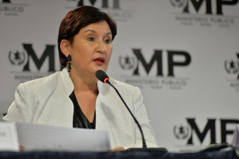 Thelma Aldana fiscal general del MP expone las formas de operar de la red. (Foto: Wilder López/Soy502)