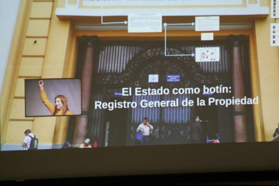 Las autoridades explicaron la forma de operar en el Registro de la Propiedad. (Foto: Alejandro Balán/Soy502)