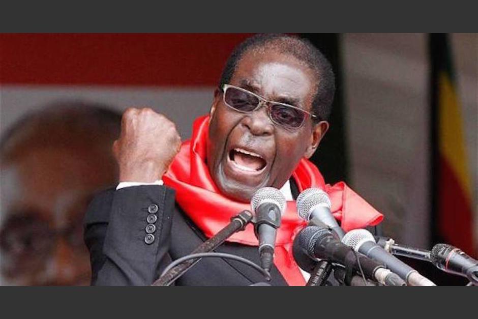 Robert Mugabe, presidente de Zimbabue, mandó a detener a los atletas que regresaron de Río 2016. (Foto: Twitter)