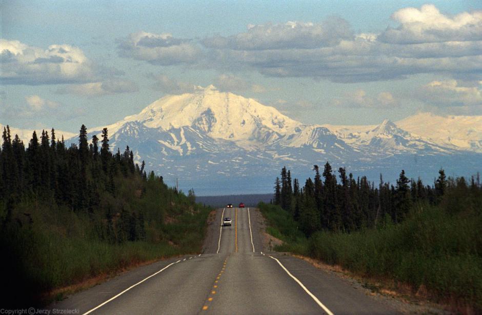 La anciana viajó varios kilómetros con el cuerpo de su esposo fallecido. (Foto: absolut-canada.com)