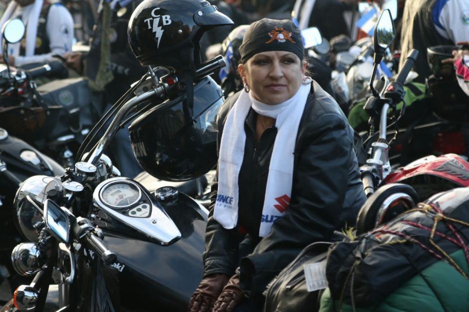 Varias mujeres participan cada año en la Caravana del Zorro. (Foto: Alejandro Balán/Soy502)