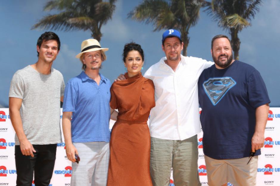 En el primer video de Instagram aparecen los actores David Spade y Adam Sandler, compañeros de la película Ridiculous 6. (Foto: mundotkm.com)