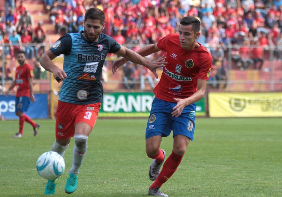 Martínez jugó 15 minutos frente a Mictlán y marcó el segundo gol rojo. (Foto: Luis Barrios/Soy502)