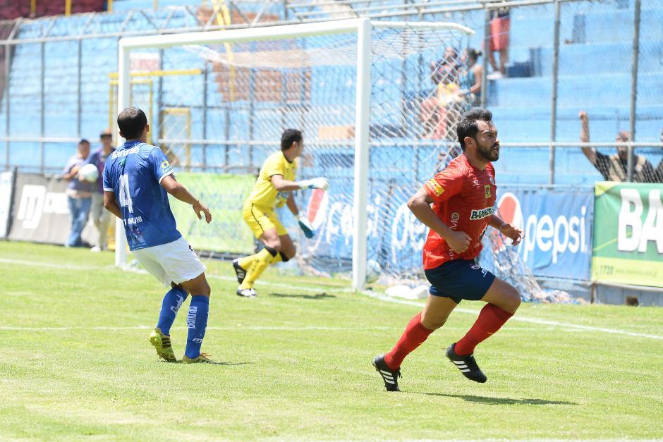 Carlos Ruiz marcó el gol de Municipal. (Foto: Nuestro Diario)