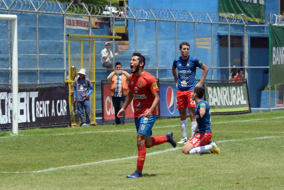 Los otros goles los anotaron Cristian Jiménez y Gastón Puerari. (Foto: Diego Galiano/Nuestro Diario)