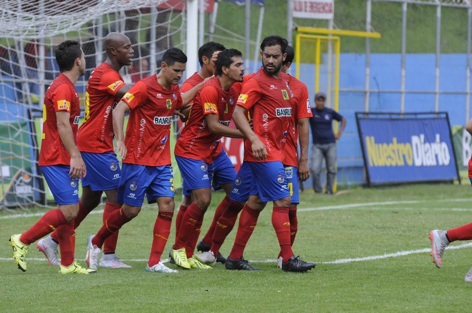 Los rojos ganaron su segundo partido del Torneo Apertura 2015. (Foto: Orlando Chile/Nuestro Diario)
