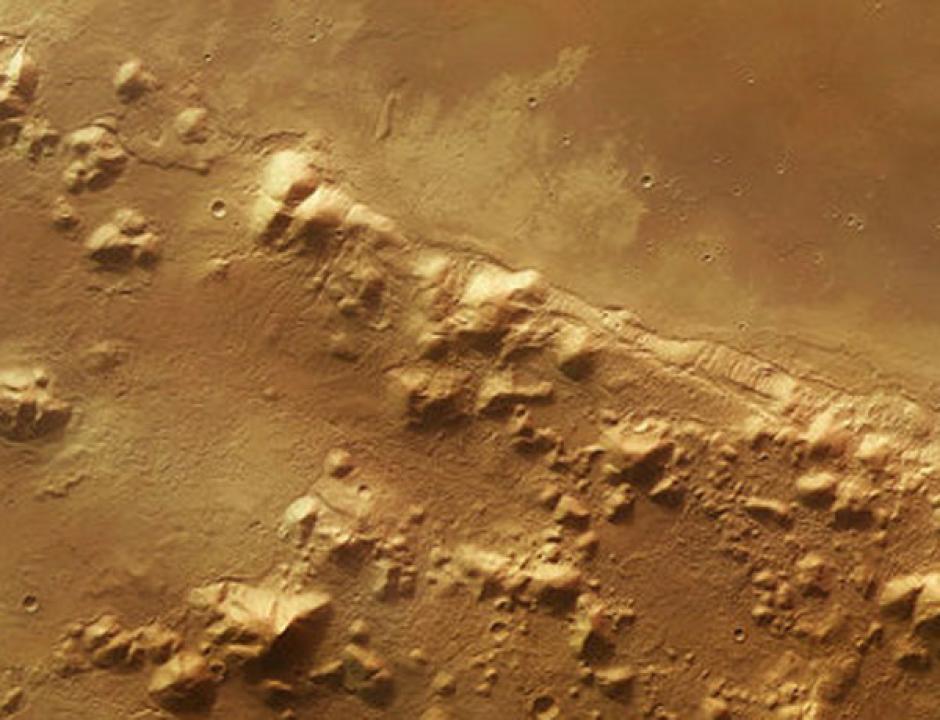 Las imágenes fueron captadas por el Rover Curiosity que va camino al Monte Sharp. (Foto: muyinteresante.es)