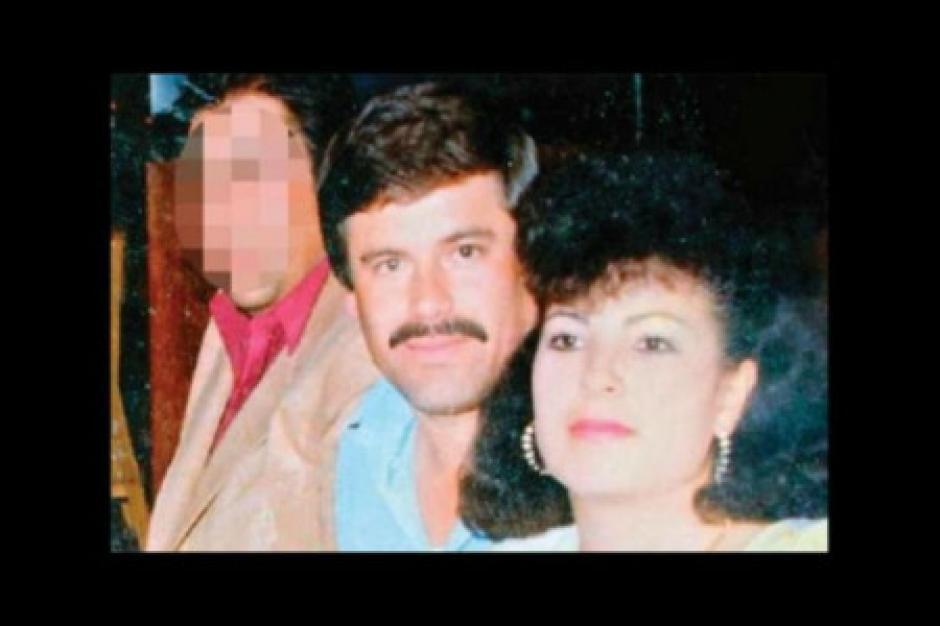 """Estela Peña es la segunda esposa de Joaquín """"el Chapo"""" Guzmán. La conoció cuando ella trabajaba en un banco de Nayarit."""