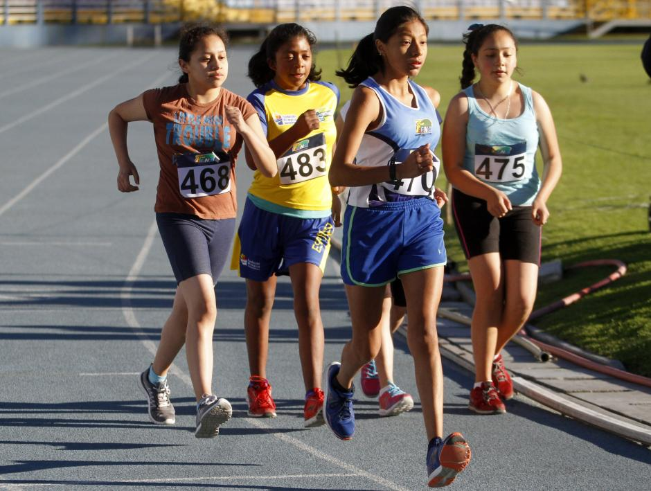 Decenas de jóvenes participaron en el Campeonato Nacional de Marcha, en su primera jornada. (Foto: Federación de Atletismo)