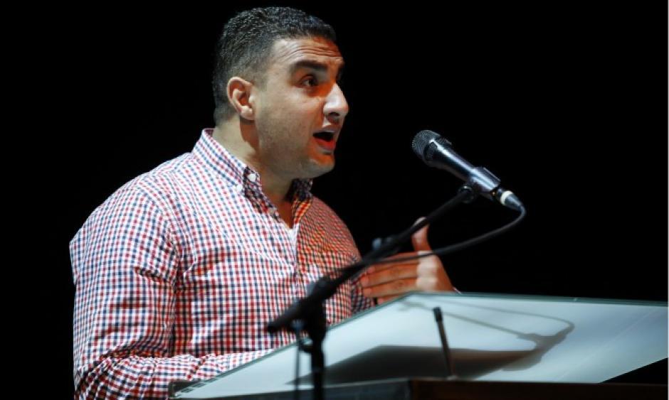 Najwan Darwish de Palestina compartirá su arte. (Foto: poetryinternationalweb.net)