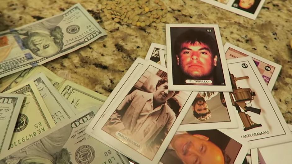La narcolotería está elaborada con fotografías de reconocidos narcotraficantes. (Foto: YouTube/Larry H)