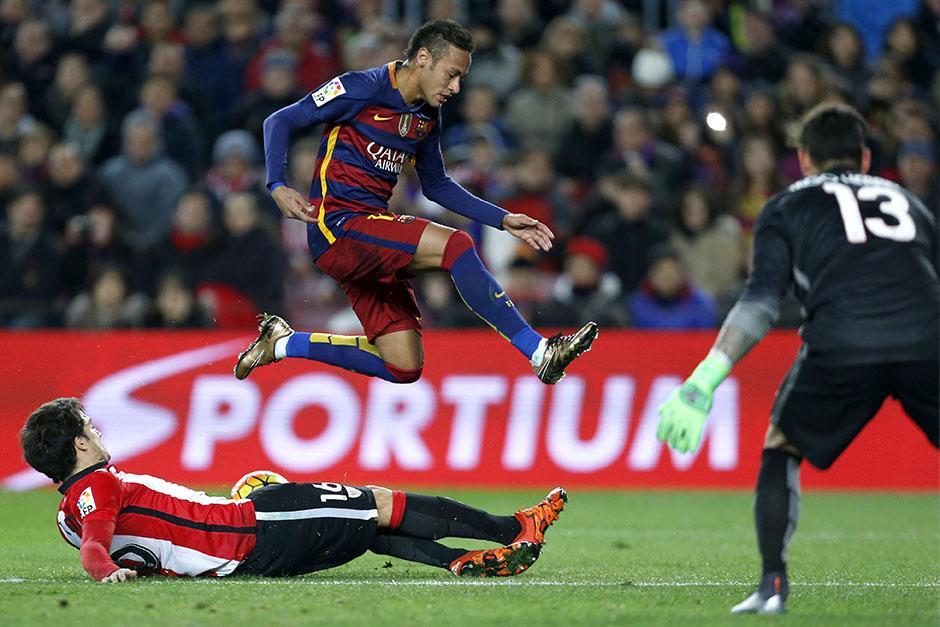 Neymar volvió a convertir, hizo uno de los seis tantos de Barcelona ante elAthletic de Bilbao. (Foto: EFE)