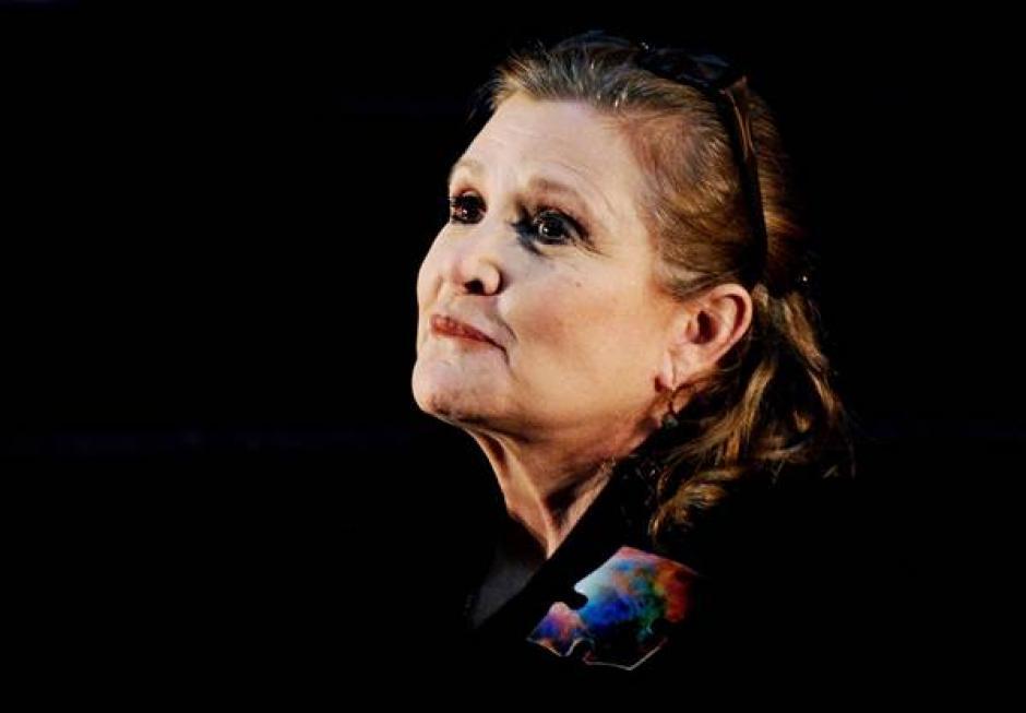 Carrie Fisher falleció este martes 27 por un ataque cardiaco que sufrió en un vuelo de Londres a Los Ángeles. (Foto: nbcnews.com)