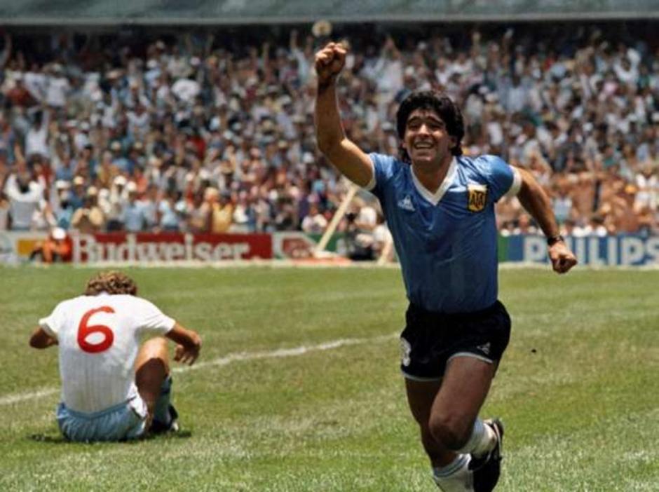 El inolvidable festejo de Maradona contra los ingleses. (Foto: Nación)