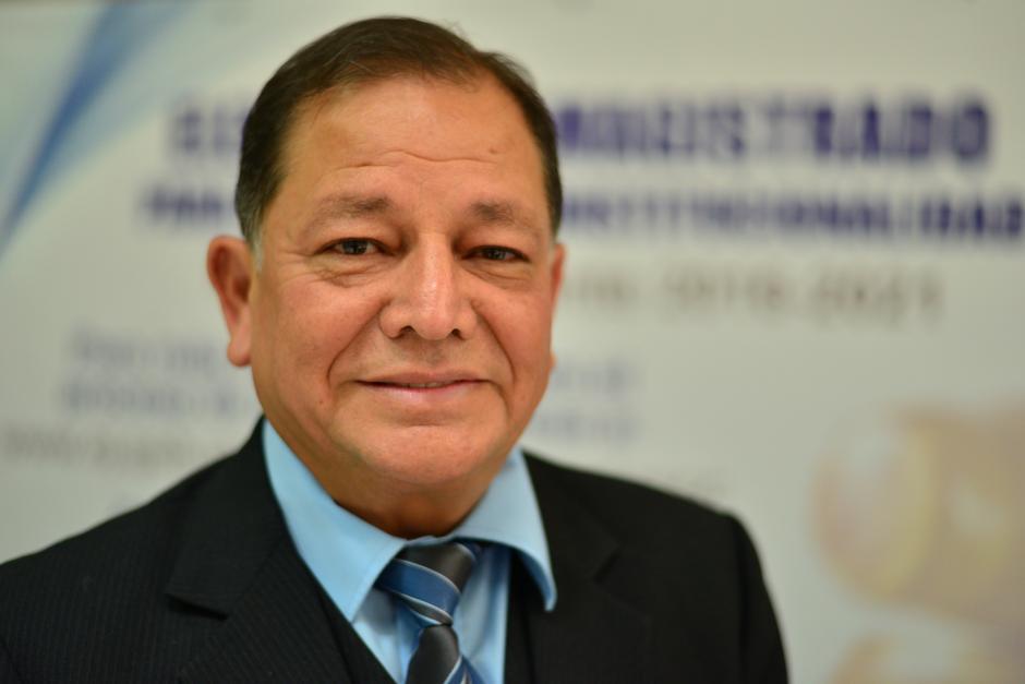 Neftaly Aldana Herrera fue juez de Primera Instancia Civil y desde 1981 ha impartido el curso de derechos constitucional en universidades. (Foto Wilder López/Soy502)