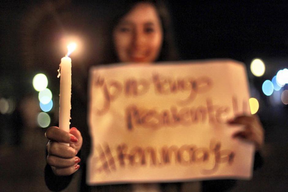 RenunciaYa era el mensaje de los ciudadanos de Antigua Guatemala. (Foto:Nelo Mijangos/Facebook)