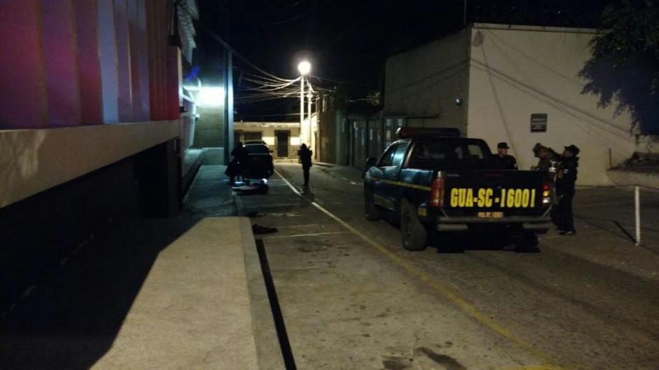 Una cabeza humana fue abandonada frente la Municipalidad de Mixco entre la noche de miércoles  y madrugada de jueves. (Foto: Municipalidad de Mixco)
