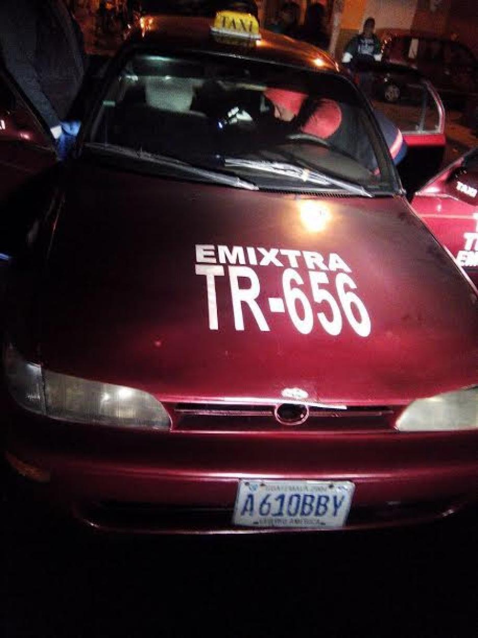 El taxi era conducido por Miguel Ángel Esteban Chan Yoc de 50 años de edad.  (Foto: Municipalidad de Mixco)