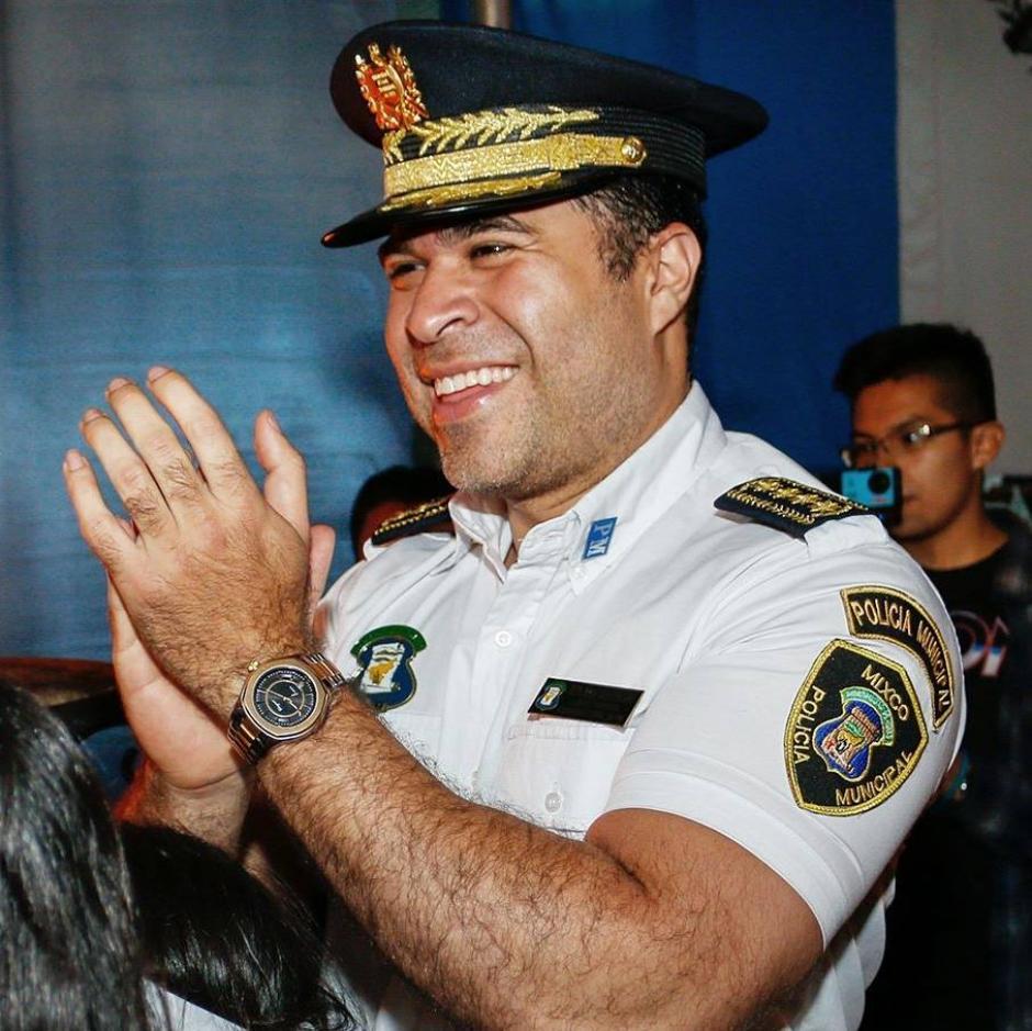 El alcalde publicó el ofrecimiento en su cuenta de Facebook. (Foto: Neto Bran/Facebook)