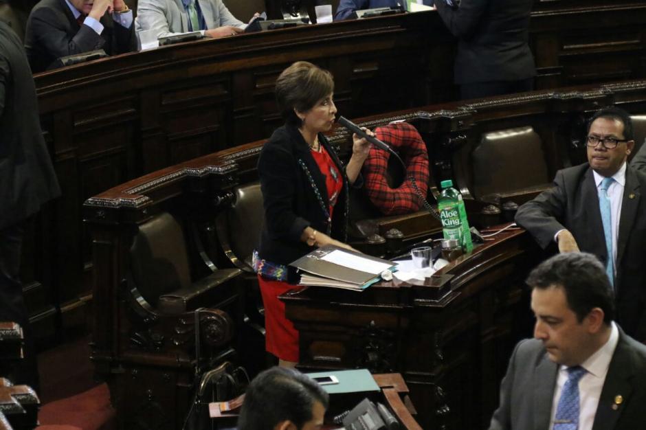 La diputada Nineth Montenegro accionó en la CC en contra del estado de calamidad. (Foto: Alejandro Balán/Soy502)