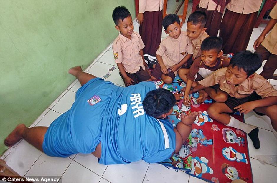 Su sobrepeso le impedía moverse con facilidad. (Foto: Daily Mail)