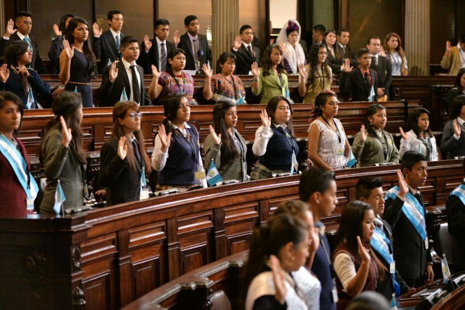 Los 158 niños fueron juramentados. (Foto: Wilder López/Soy502)
