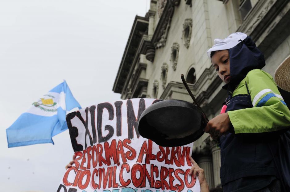 Los pequeños también le pusieron ritmo a las manifestaciones. (Foto: Archivo/Soy502)